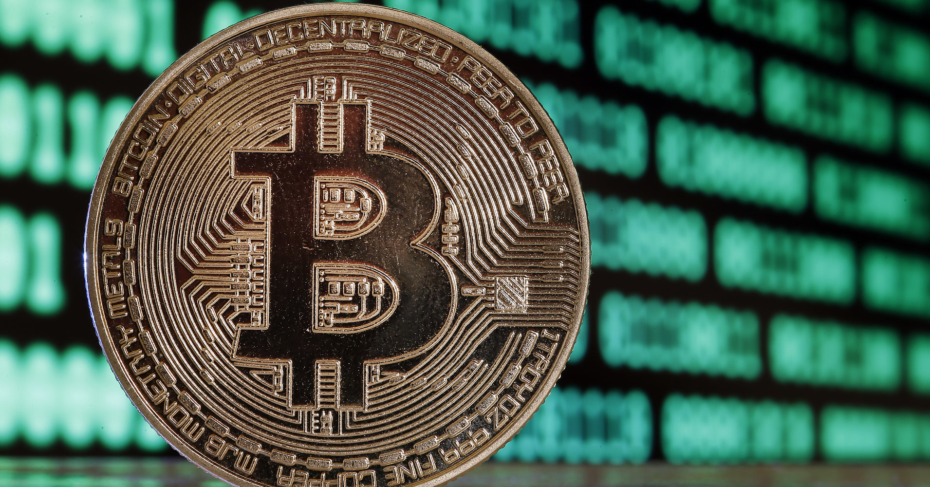 Bitcoin Plummets On Fears Of Regulatory Crackdown, Hits 4-Week Low