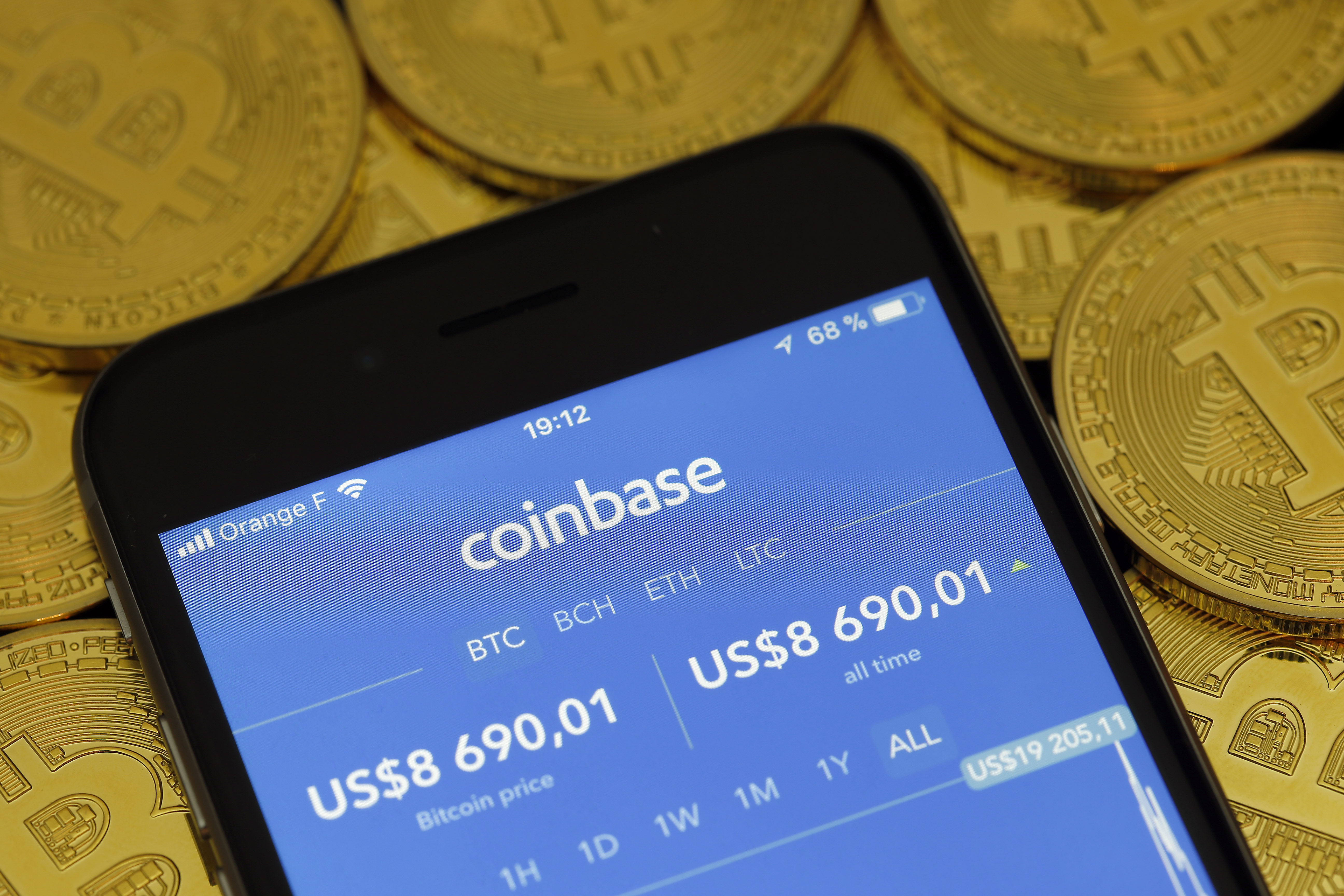 Coinbase lets you convert your tokens into gift cards
